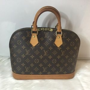 100%Authentic Louis Vuitton Alma with Lock and Key